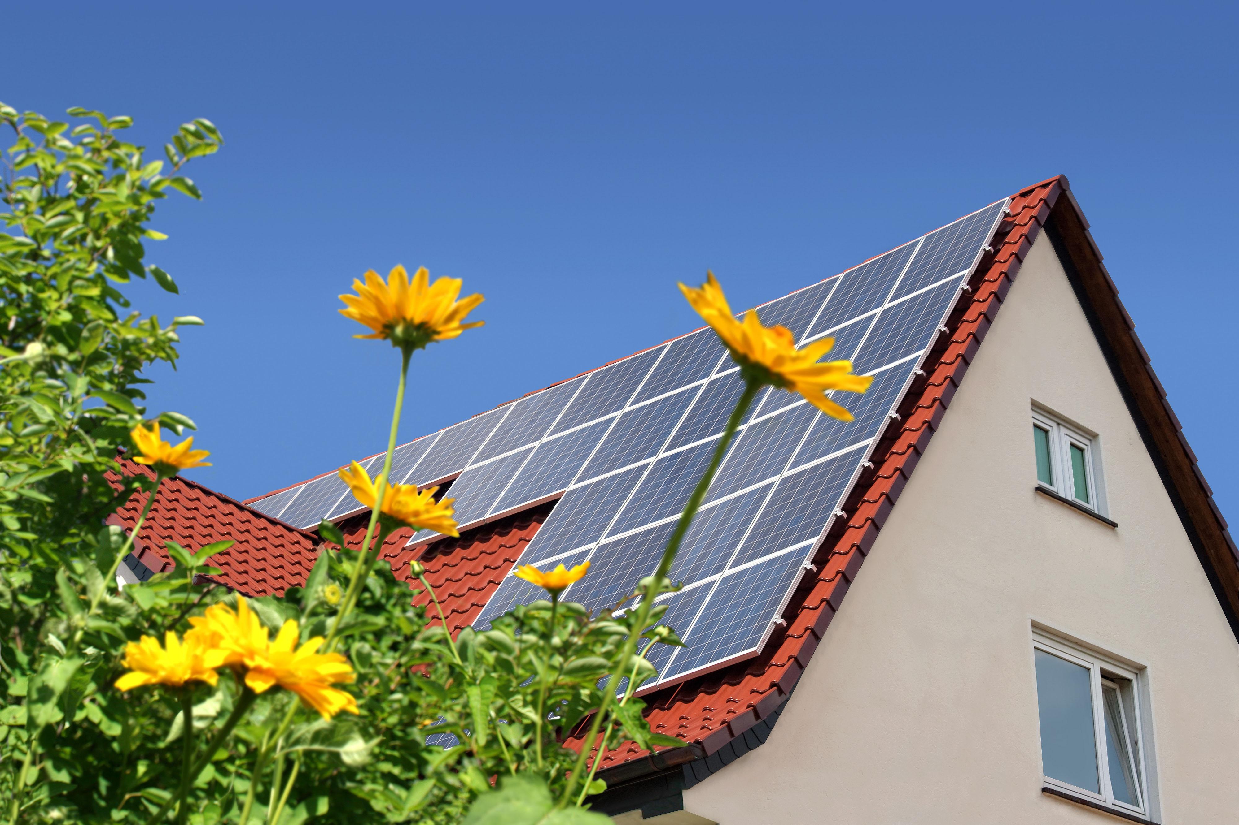 Erneuerbare Energien Anlagen, PV-Anlage auf dem Dach
